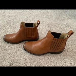 FRYE Phillip Chelsea Ankle Boot